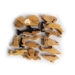 wooden animal sets available from Leave it to Leslie