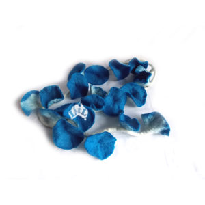 blue felt flower garland 176 cm