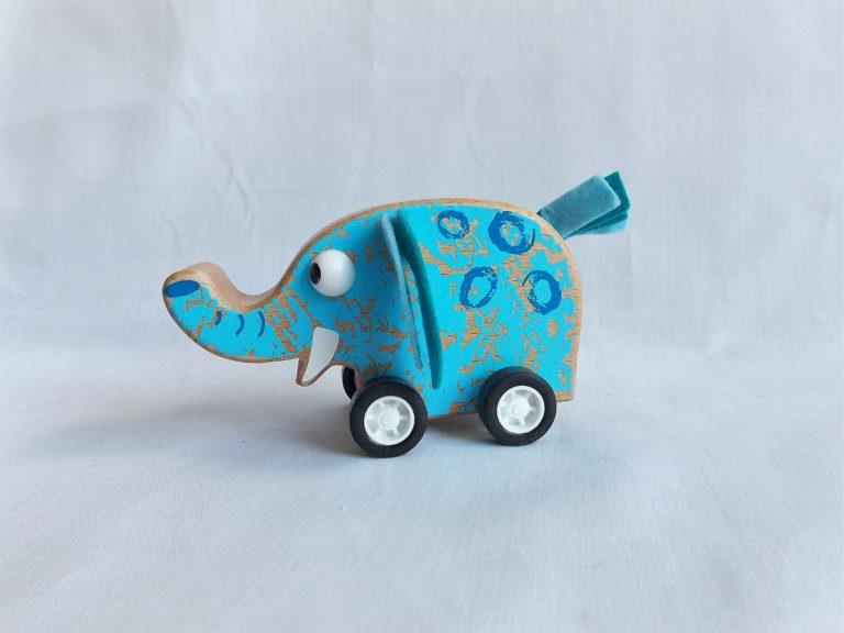 pull back wooden elephant